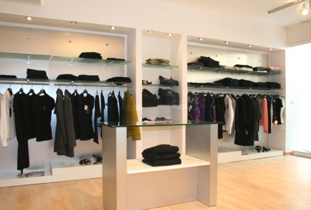 Negozi abbigliamento treante for Arredamenti per negozi di abbigliamento