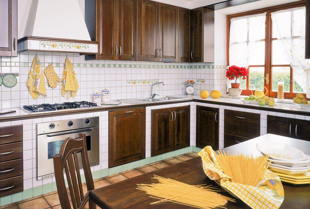 Cucine piastrellabili treante for Arredamenti a sora